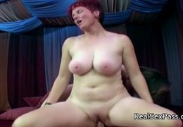 Two chubby matures pleasing one man 10 min