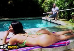 BANGBROS – Rose Monroe Drops That Perfect Latin Booty On Bruno Dickemz's Fat Cock (ANAL)